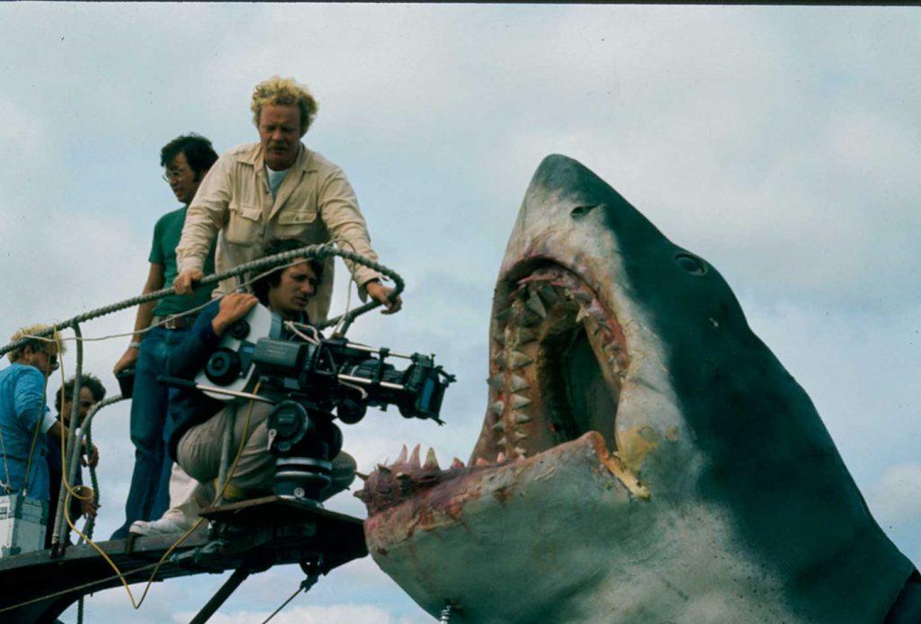 Jaws วอรช ช่วยกันอพยพผู้คนไม่ให้ถูกฉลามกิน